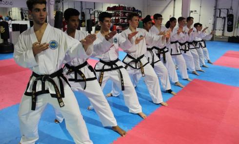 evening_taekwondo